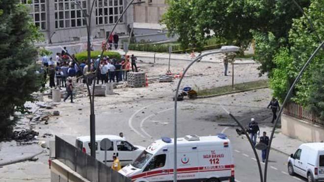 Bombal� sald�r�da yaralanan polis �ehit oldu!
