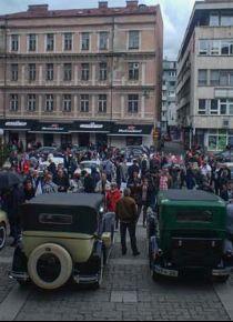 Saraybosna'da Klasik Otomobil Fuar�