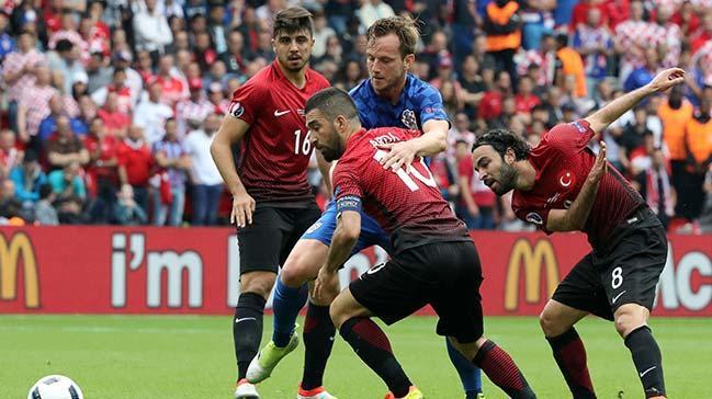 EURO 2016'daki İlk Maçımızda  Hırvatistan'a 1-0 Mağlup Olduk