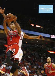 Derrick Rose New York Knicks'e gitti