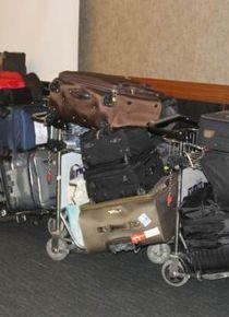 Patlaman�n ard�ndan y�zlerce valiz sahipsiz kald�