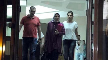 Fla�! Dicle �niversitesi Rekt�r� tutukland�