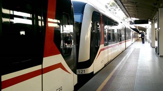 Metroda+yolcular%C4%B1+sayan+sistem+geliyor
