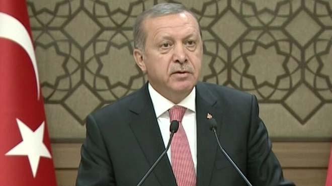 Cumhurbaşkanı Erdoğan açıkladı: Merkel'e 4 bin dosya verdim ama...