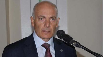 Eski rekt�r Prof. Dr. Y�lmaz tutukland�