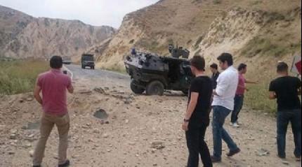 Hakkari'de askeri arac�n ge�i�i s�ras�nda patlama