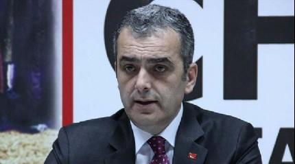 FLA�! CHP'li ba�kan  g�revinden istifa etti