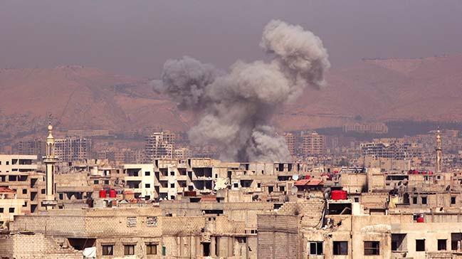 E� zamanl� bombal� sald�r�: 2 �l�, 8 yaral�