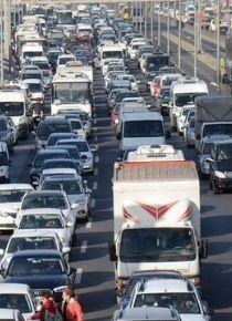 Trafiğe kayıtlı araç sayısı yükseldi