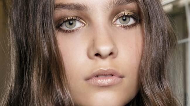 Sabahları makyaj ve saç rutininizi hızlandıracak 8 öneri
