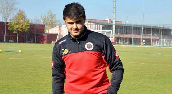 Galatasaray,+Ahmet+%C3%87al%C4%B1k+transferini+bitiriyor%21;