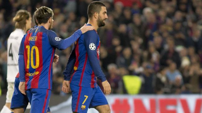 Barcelona Messi'ye kaynak yaratmak için Arda Turan'ı satacak iddiası