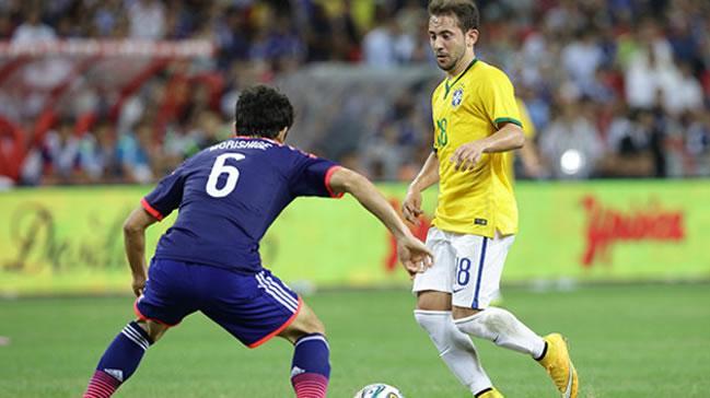 Fenerbahçe Everton Ribeiro'yu kadrosuna katacak