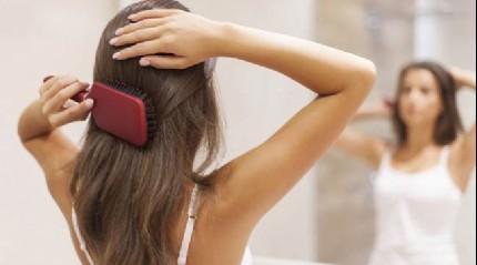 Kış aylarında saçlarınızın elektriklenmesini istemiyorsanız...