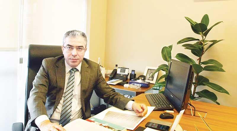 Mehmet+U%C3%A7um:+Parlamenter+sistem+kal%C4%B1rsaotoriterle%C5%9Fmeyi+getirir%21;