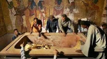 Tutankamon'un ziyaretçileri neden ölüyor?