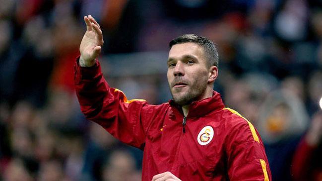 Galatasaray+Podolski%E2%80%99nin+sezon+sonu+Vissel+Kobe%E2%80%99ye+transfer+olmas%C4%B1na+onay+verdi