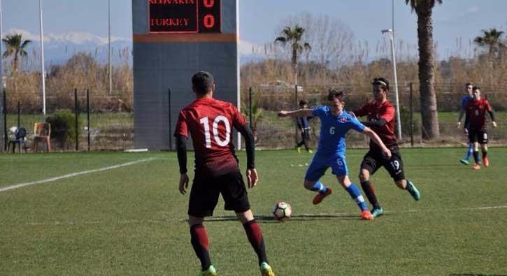 16 Yaş Altı Milli Futbol Takımı, Moldovayı 1-0 yendi 21