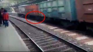 Bu giden trenin  altında biri var