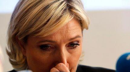 Aşırı sağcı Le Pen'e 'yolsuzluk kıskacı'