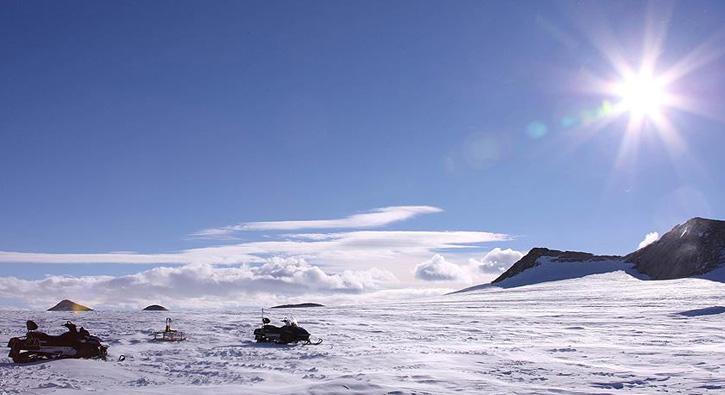 Antarktika%E2%80%99ya+%C3%BCs+i%C3%A7in+ilk+ekip+yola+%C3%A7%C4%B1kt%C4%B1