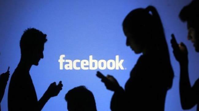Facebook+%C3%A7%C3%B6kt%C3%BC,+bu+mesaj%C4%B1+sak%C4%B1n+okumay%C4%B1n%21;