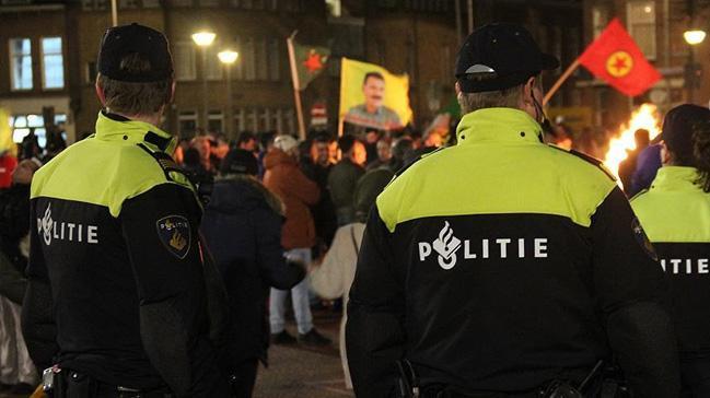Hollanda%E2%80%99dan+b%C3%BCy%C3%BCk+bir+skandal+daha%21;