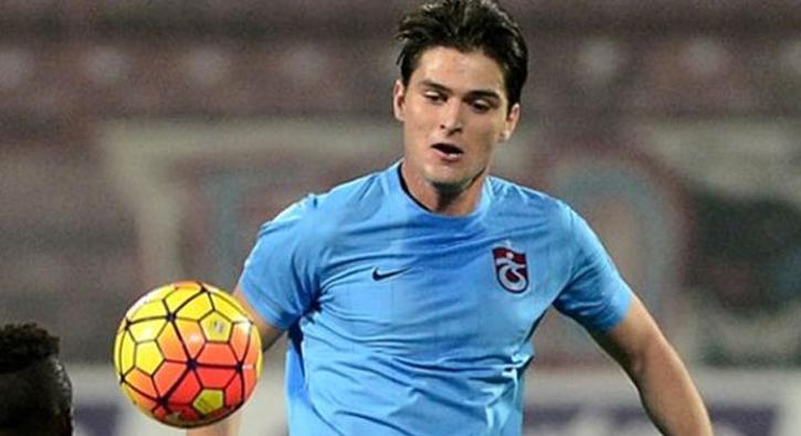 Sevilla, Trabzonsporlu Okay Yokuşlu'yu takibe aldı