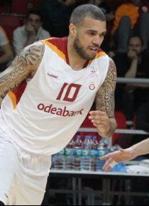 Galatasaray Odeabank, İstanbul'da kazandı