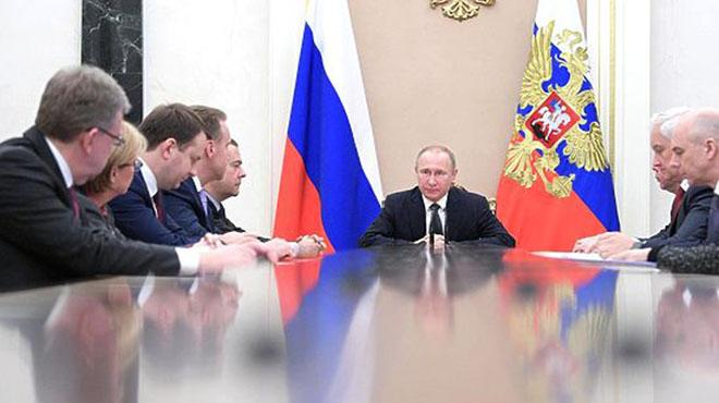 Putin%E2%80%99in+ekonomi+dan%C4%B1%C5%9Fman%C4%B1+Kudrin:+Rus+b%C3%BCrokrasisi+eski,+g%C4%B1c%C4%B1rt%C4%B1l%C4%B1+bir+araba+gibi
