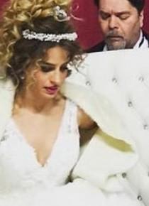 Beyaz sonunda evlendi!