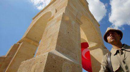Çanakkale'de 57. Alay Şehitliğinde anma töreni düzenlendi