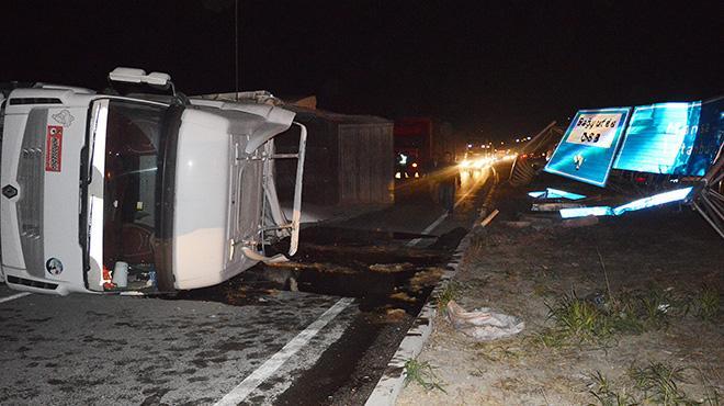 Ankara'da yolcu otobüsü ile kamyon çarpıştı! 11 yaralı