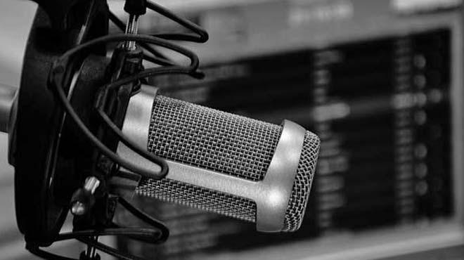 Radyo canlı yayınında inanılmaz dolandırıcılık
