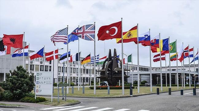 Karadağ Meclisi NATO üyeliğini onayladı