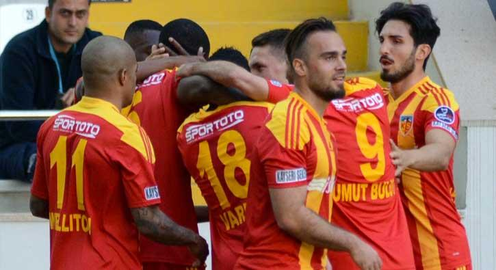 Kayserispor sahasında Alanyaspor'u 3-0 mağlup etti