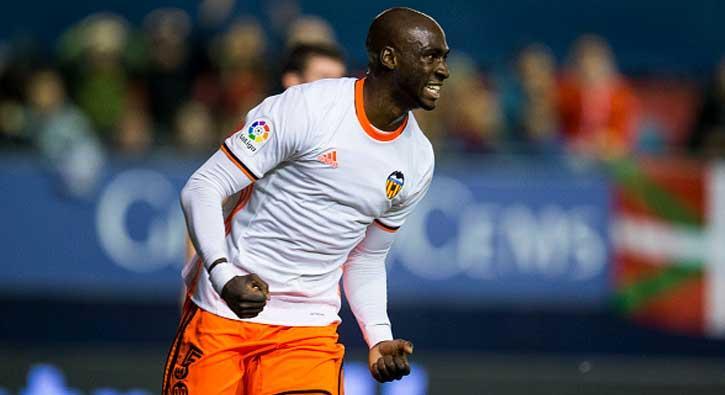 Galatasaray ile anılan Mangala önümüzdeki sezon Valencia'da olmayacağının sinyallerini verdi