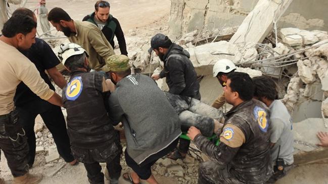 Hama'da sivil savunma merkezine hava saldırısı