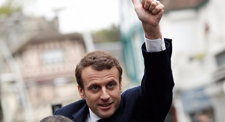 Fransa'da seçmen bir kez daha sandık başında