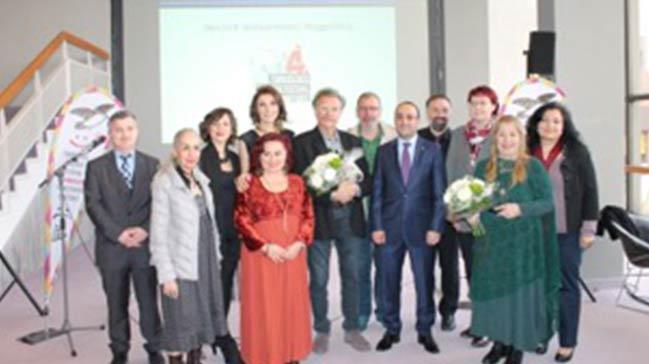 Festivalde Frankfurt`ta Almanlara Türkçe tiyatro