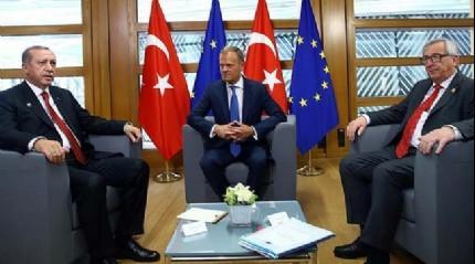 Cumhurbaşkanı Erdoğan AB Konseyi Başkanı Tusk ve AB Komisyon Başkanı Juncker ile görüştü