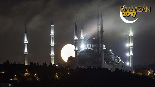 Türkiye genelinde Ýtikaf için 4 bin 655 cami hazýr