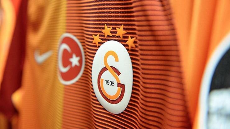 Galatasaray yönetimi Wesley Sneijder'i takımdan gönderiyor