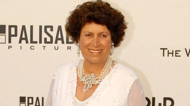 Carla Fendi öldü