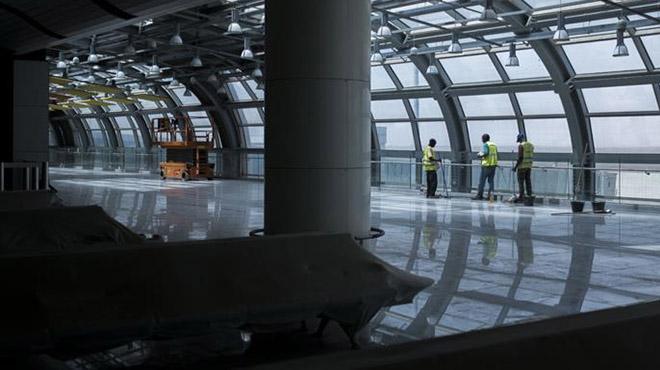2008'den beri bitirilemeyen havalimanını Türk firmalar 8 ayda bitirdi
