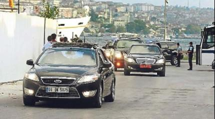 Cumhurbaşkanı Erdoğan'ın konvoyunu durduran vatandaş iftara davet etti