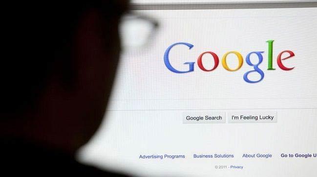 Avrupa Birliği Komisyonu Google'a 2,42 milyar euro para cezası verdi