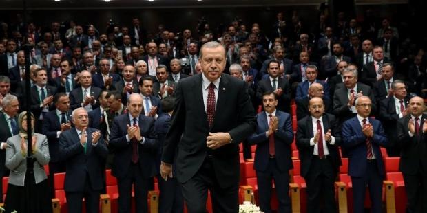 Yeni kabine son dakika kimler var? Yeni bakanlar kim kabinede kim gitti?