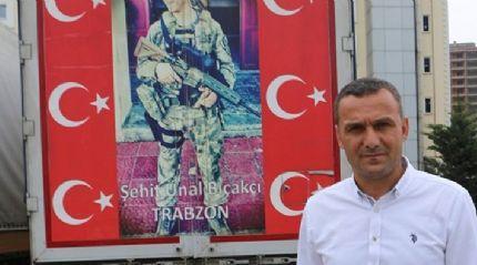 Türk bayrağı asarken teröristlerin taciz ateşine uğrayan Abdullah Özer o anları anlattı