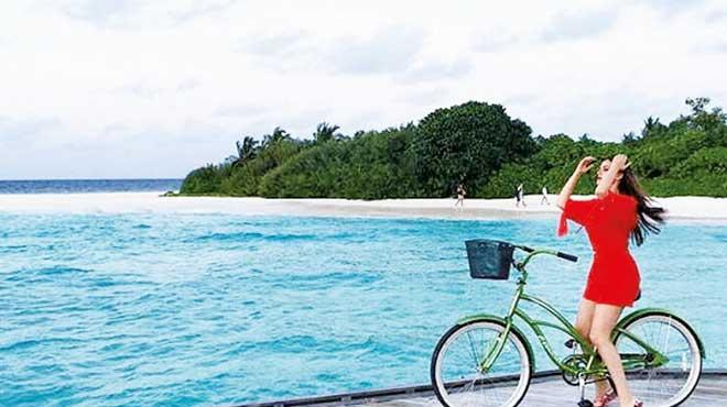 Bisiklet güzeli Fahriye
